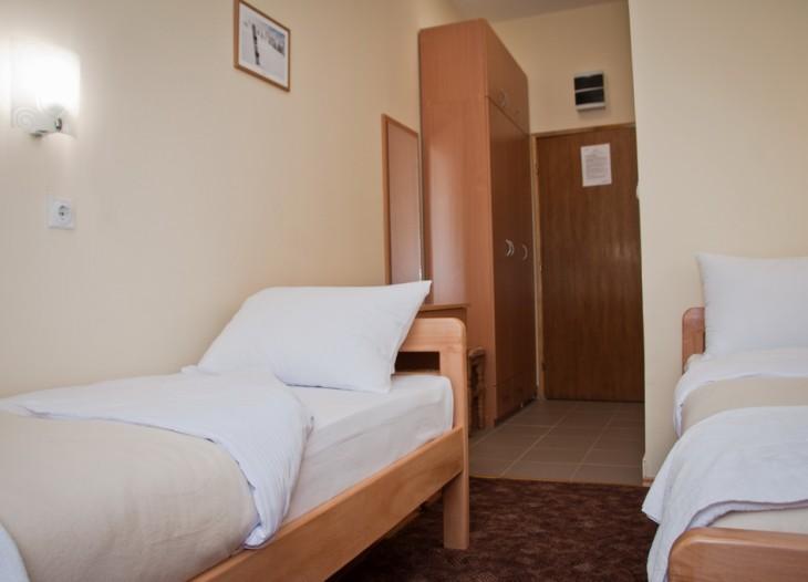 hotel alma dvokrevetna soba