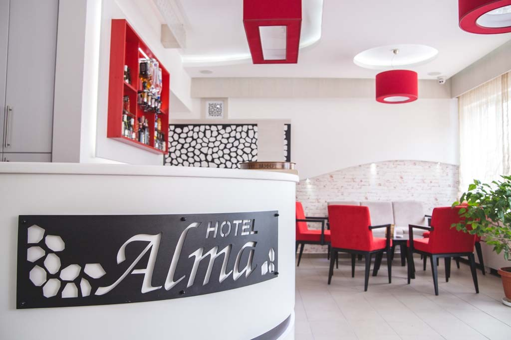 recepcija-garni-hotel-alma-pirot